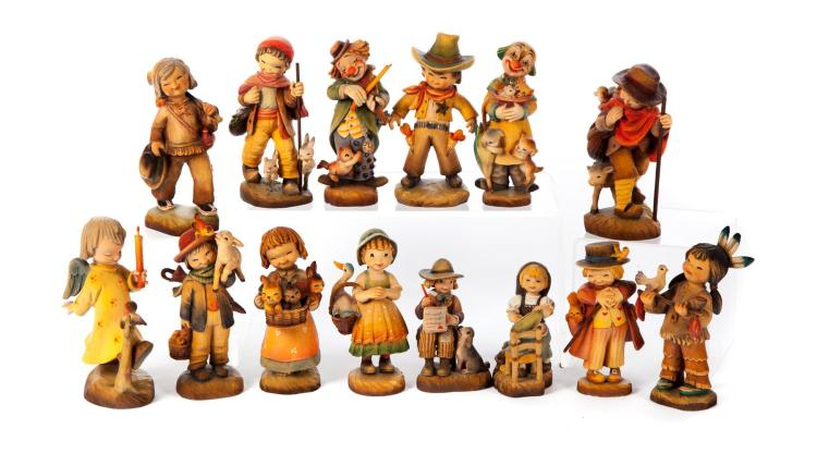 FOURTEEN ANRI WOOD CARVED FIGURINES.
