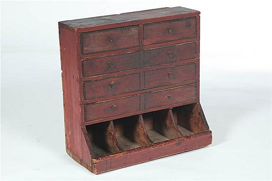 SET OF DRAWERS.