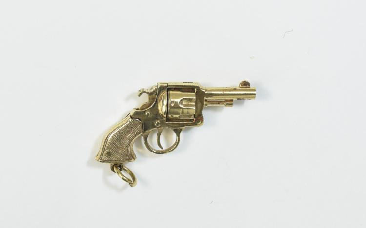 A Vintage and Bespoke Made 9ct Gold Charm In The F