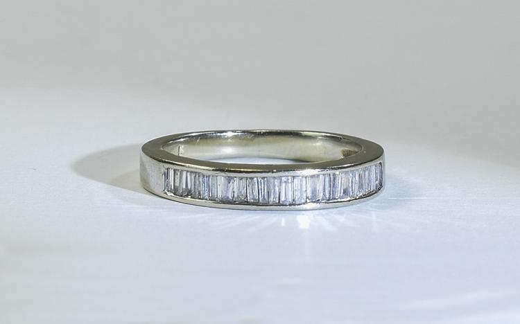 18ct White Gold Channel Set Diamond Ring. The Bagu