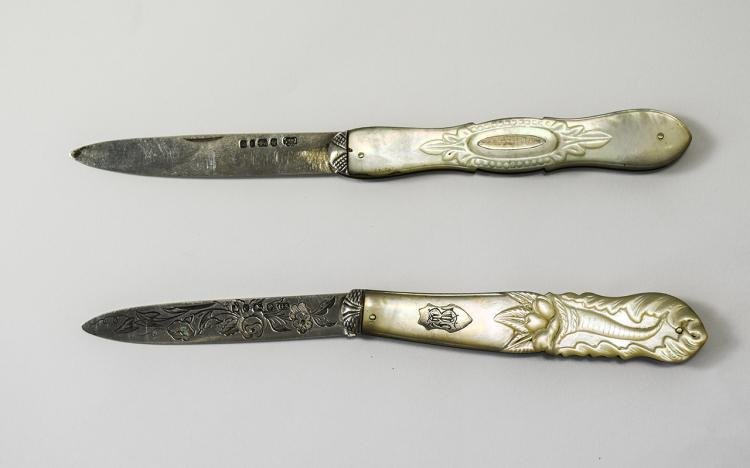 Victorian - Ornate Silver Bladed and Mother of Pea