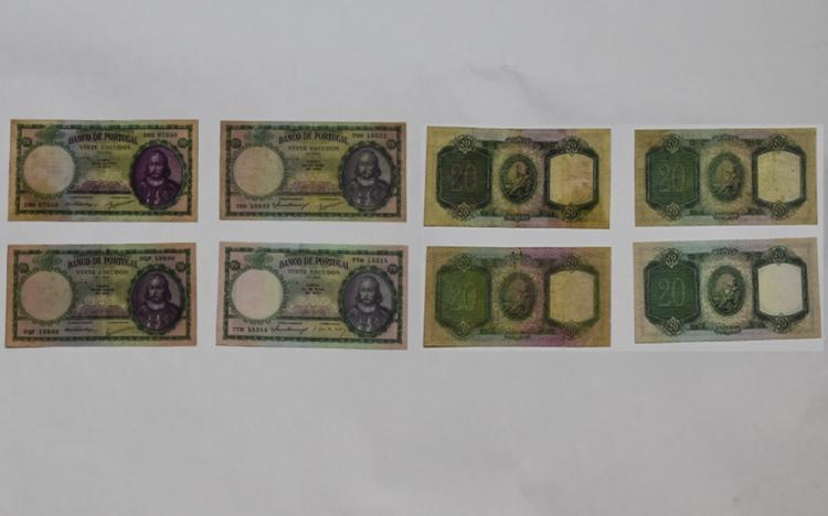 Banco De Portugal 20 Vinte Escudos Bank Notes ( 4
