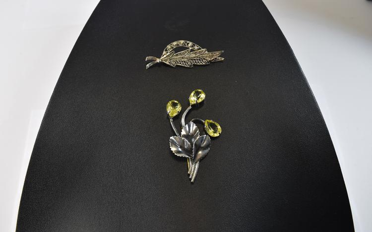 Silver Flower Brooch Set With 3 Pear Shaped Citrin