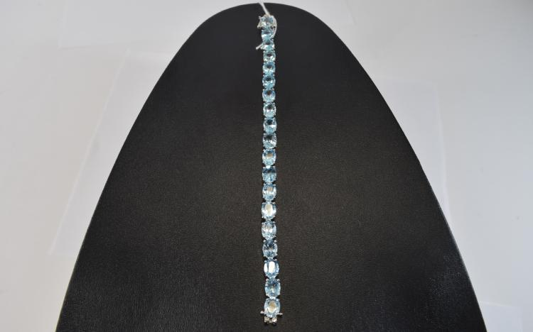 Sky Blue Topaz Tennis Bracelet, 45cts of oval cut