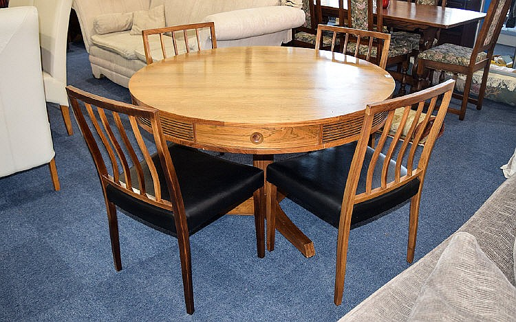 lot 1019 danish design circular rosewood dining table with 4 chairs