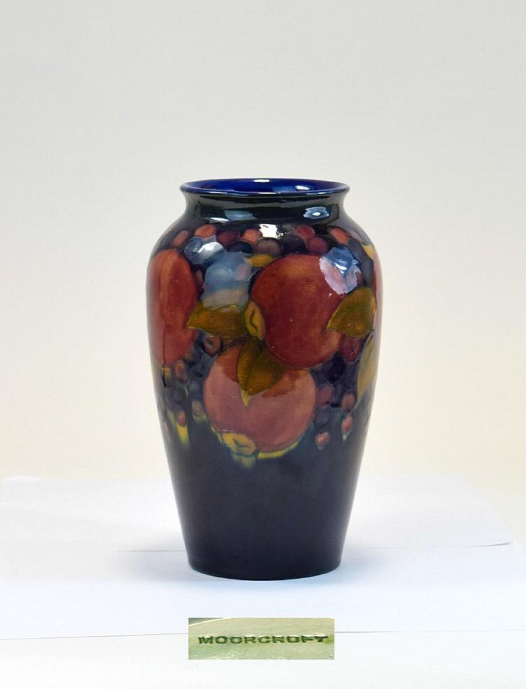 W Moorcroft Vase 39 Ochre Pomegranates 39 Design C