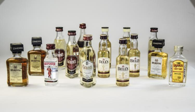 CollectionOf15UnopenedMiniatureSpiritBottles,Whisky,Ginetc,