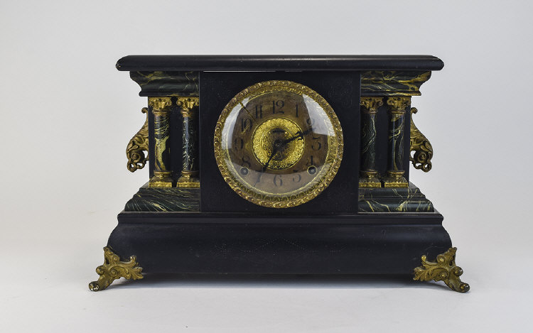 OrnateDecorativeMantleClock.Slightcrackonglassdial,Arabicnumeral