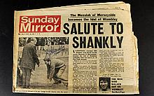 Bill Shankly- Liverpool Autograph 1970's on Sunday Mirror Newspaper 1974