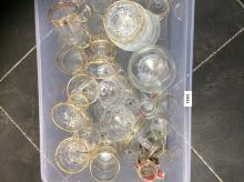 Box of Assorted Glass Ware including star print ice cream dishes, cocktail