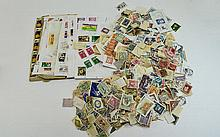 Huge tub of stamps from around the owrld, mostly o