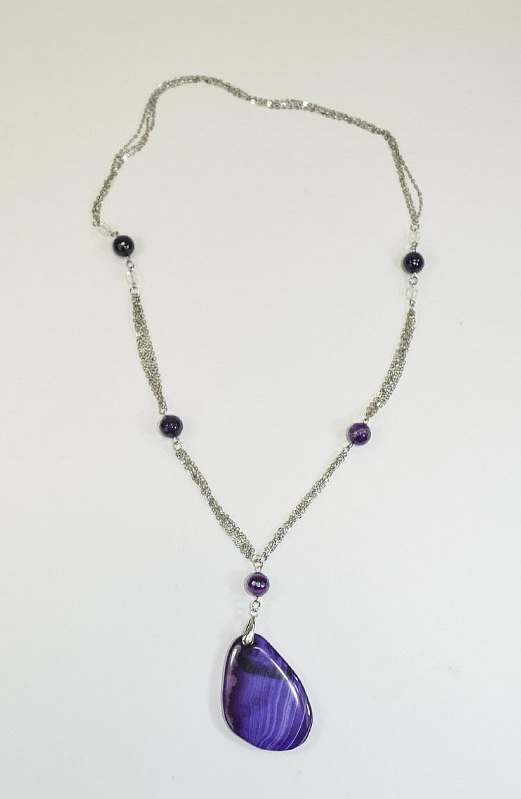 large purple agate pendant necklace a three strand cha