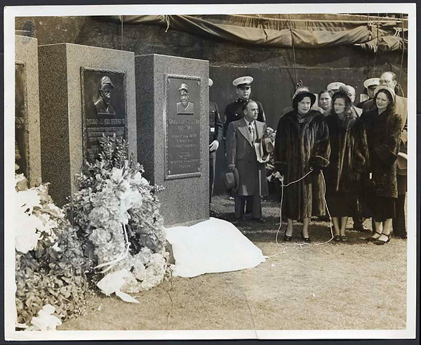 Babe Ruth's Monument Unveiling Original Wire Photograph With Claire, Julia and Elea