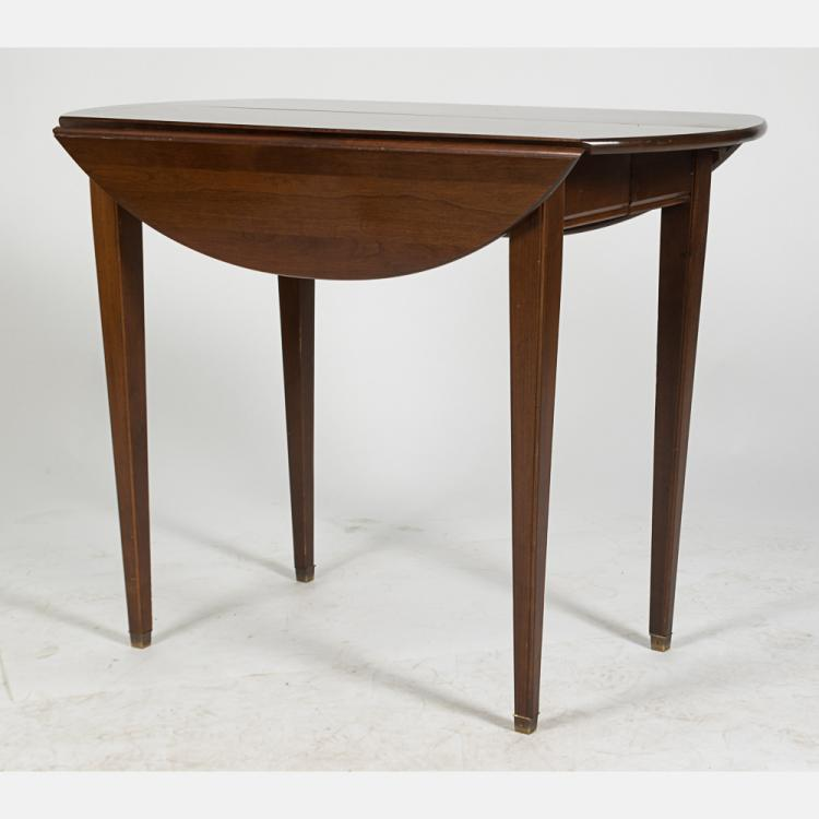 An American Mahogany Extension Dining Table 20th Century : H2598 L119081222 from www.invaluable.co.uk size 750 x 750 jpeg 34kB