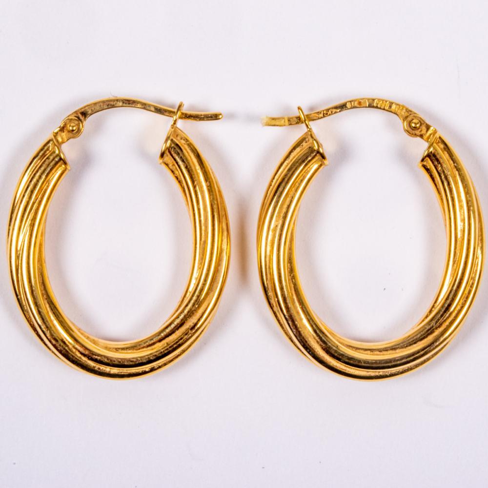 Pair of 18kt Yellow Gold Hollow Twist Hoop Earrings