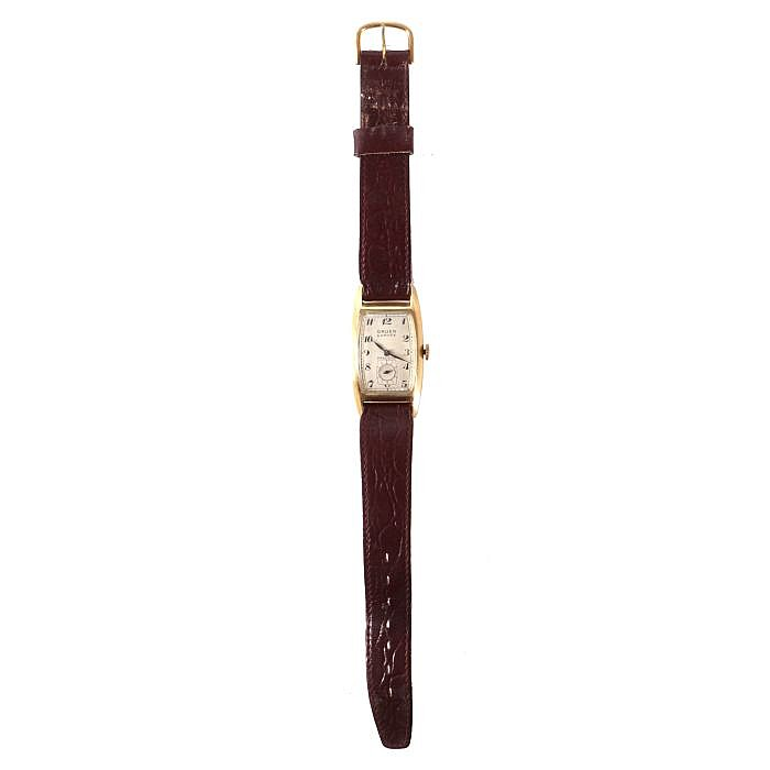 A 14kt. Yellow Gold Gruen Curvex Wrist Watch, 20th Century.