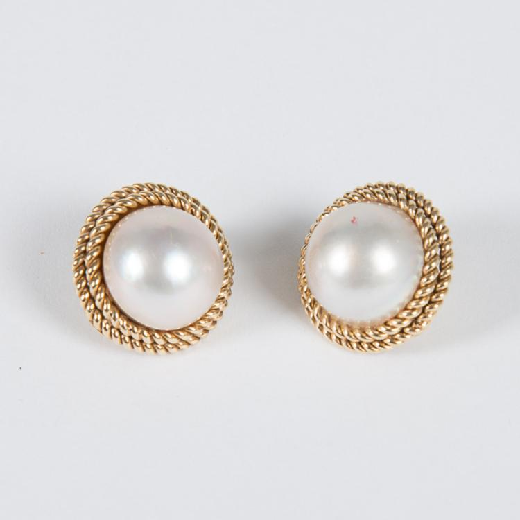 A Pair of 14kt. Yellow Gold and Mabe Pearl Earrings,