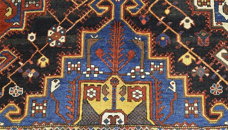 BAKTIARI CARPET, Persia, ca. 1925;