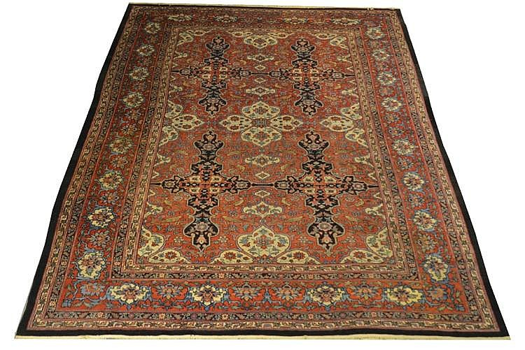 FEREGHAN MAHAL CARPET, Persia, late 19th century;