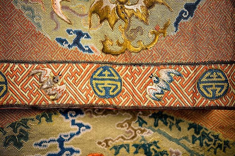 CHINESE SILK NEEDLEWORK HANGING PANEL, 18th/19th century
