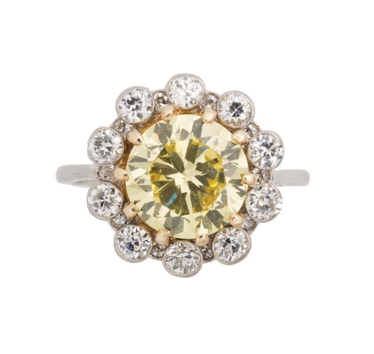 PLATINUM, COLORED DIAMOND, AND DIAMOND RING