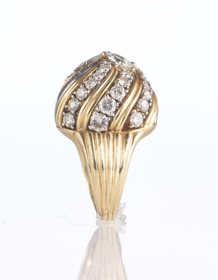 18K YELLOW AND WHITE GOLD AND DIAMOND RING, mounted by Cartier