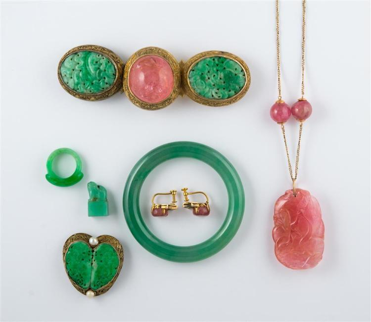 COLLECTION OF GILT METAL, JADE, AND ROSE QUARTZ JEWELRY