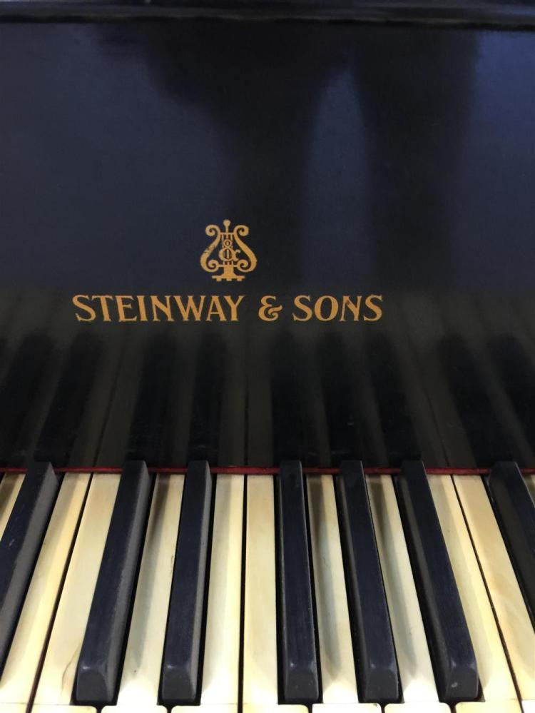 STEINWAY EBONIZED BABY GRAND PIANO AND BENCH, 1935