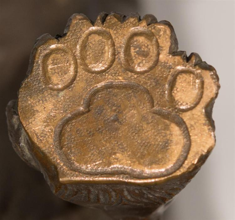 JAPANESE MEIJI BRONZE OF AN ANIMATED TIGER