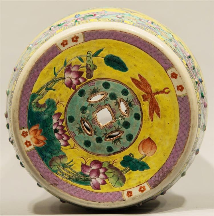 CHINESE EXPORT YELLOW GROUND GARDEN SEAT, 19th century