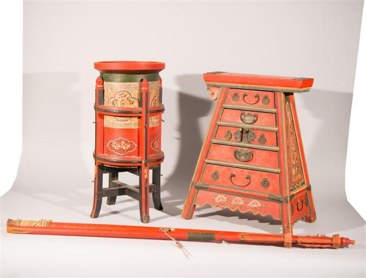 CHINESE PAINT DECORATED WOOD FOUR PIECE TRAVELLING BARBER FURNITURE, early 20th century