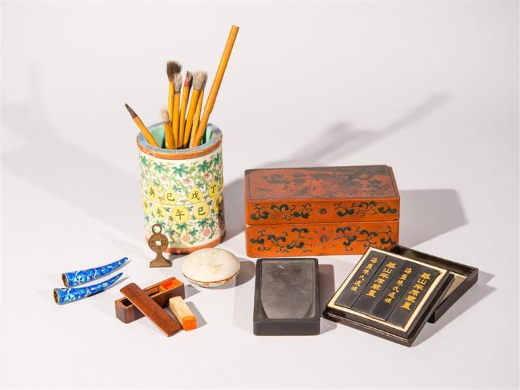 COLLECTION OF CHINESE WRITING AND PAINTING IMPLEMENTS