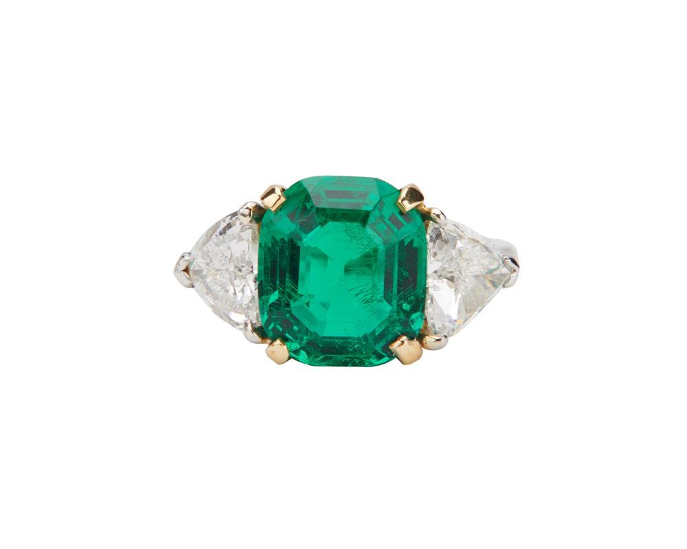 Platinum, Emerald, and Diamond Ring