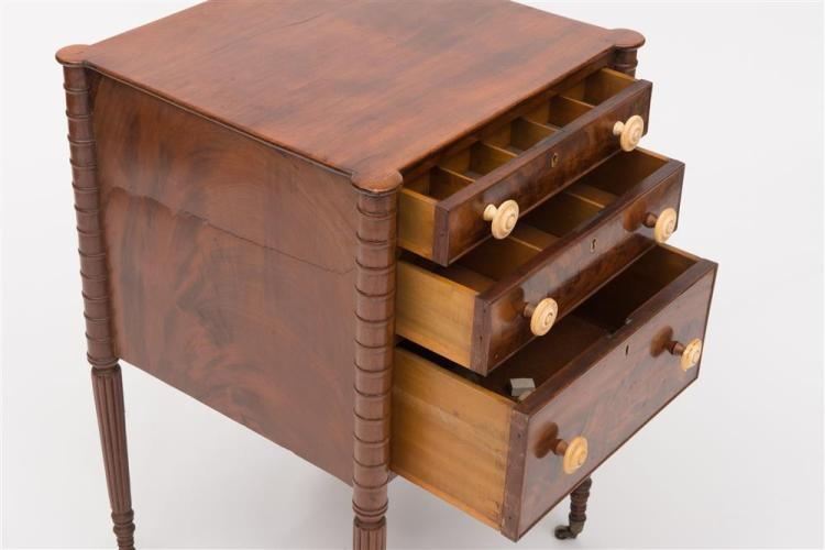 FEDERAL CARVED MAHOGANY THREE-DRAWER WORK TABLE, 19th century