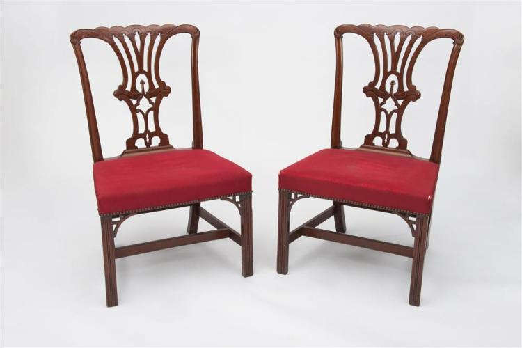 PAIR OF CHIPPENDALE CARVED MAHOGANY SIDE CHAIRS, New York, ca. 1770