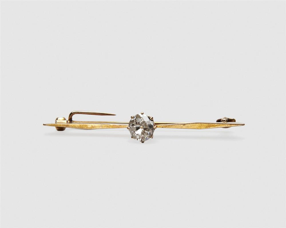 14K Gold and Diamond Bar Brooch