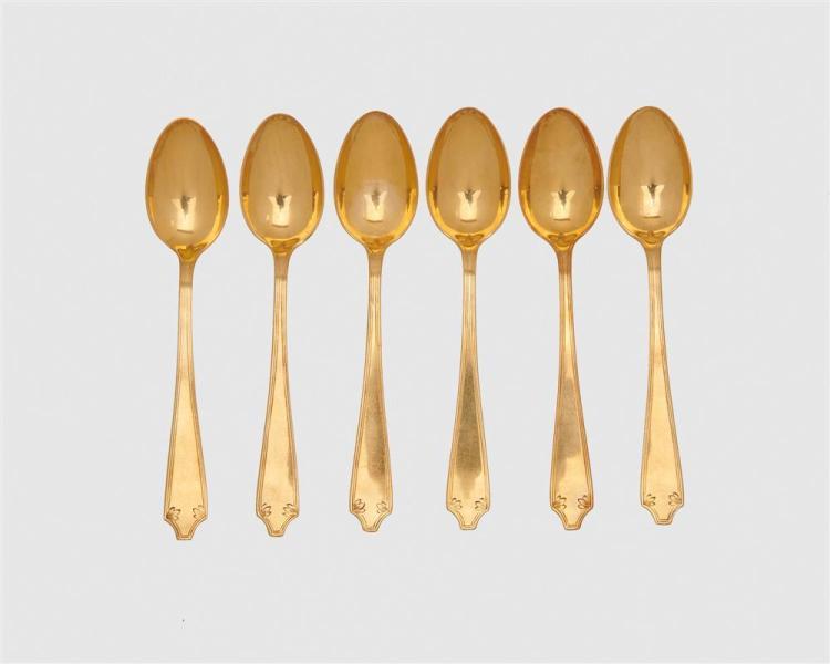 TIFFANY & CO. Set of Six Eighteen Karat Gold Demitasse Spoons