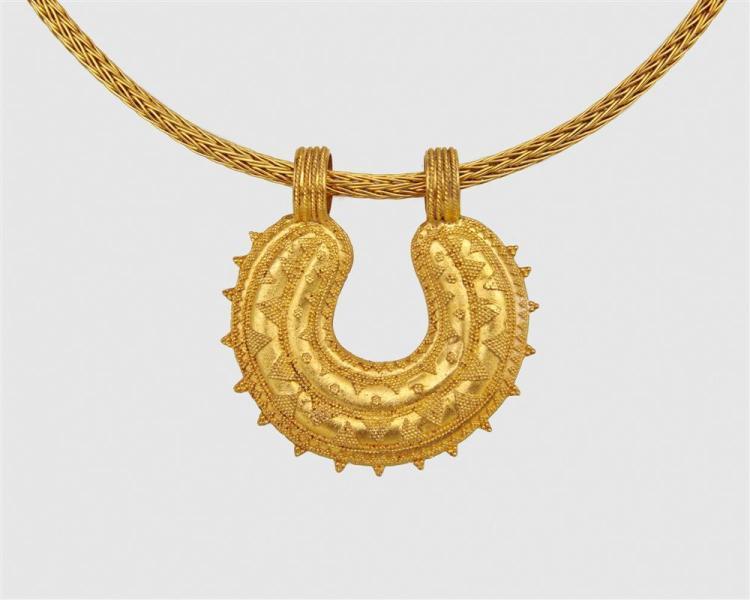 LALAOUNIS 18K Gold Pendant Necklace