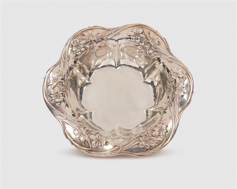 WHITING MFG. CO. Art Nouveau Silver Fruit Bowl, ca. 1910