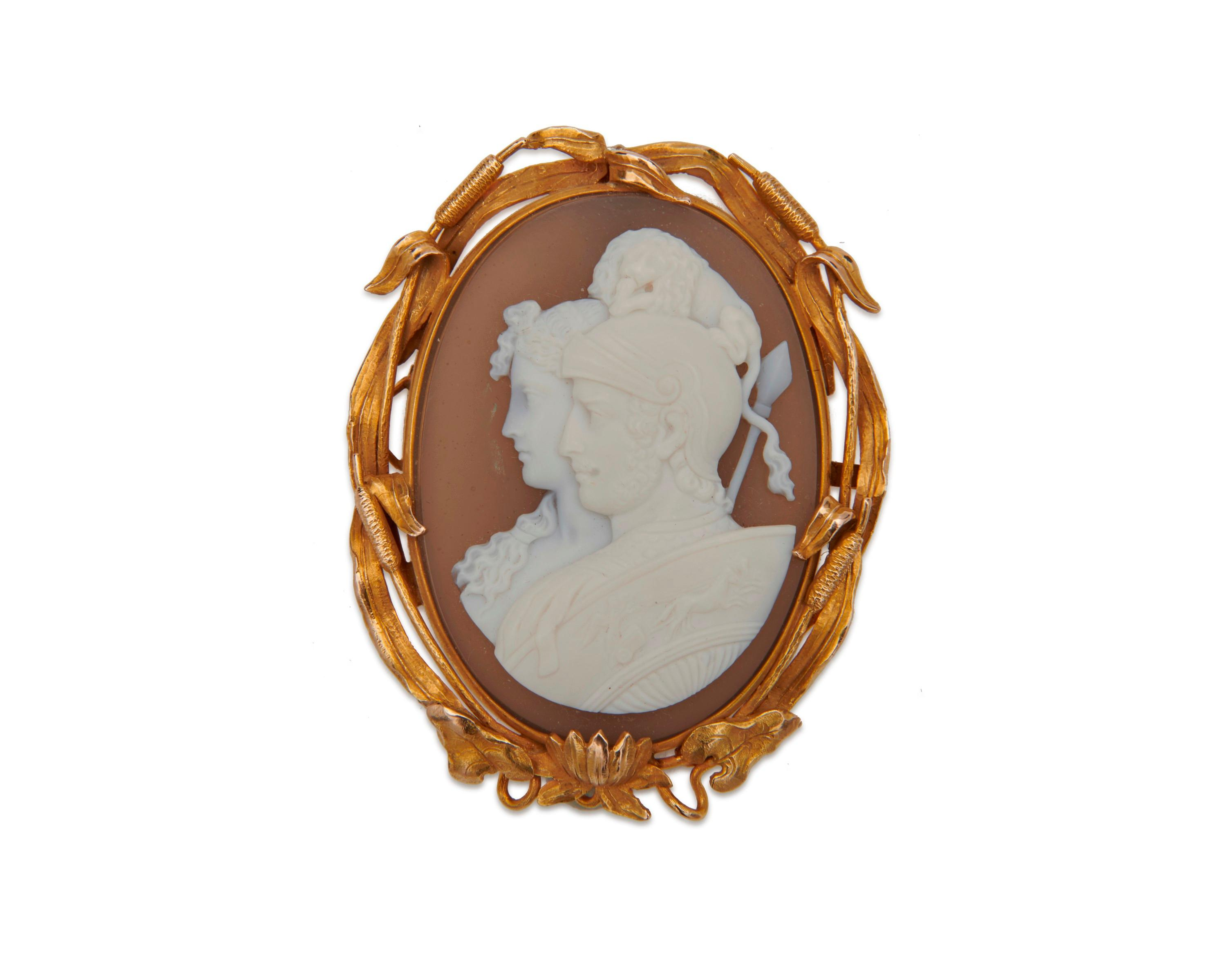 14K Gold and Carved Agate Cameo Brooch