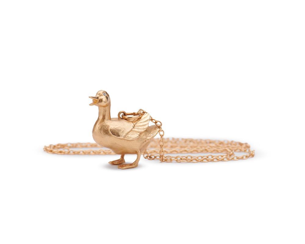 "NANCY SCHON 14K Gold ""Make Way for Ducklings"" Pendant"
