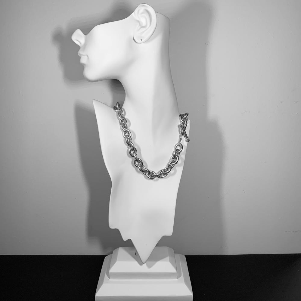 ELIZABETH LOCKE 18K Gold Necklace