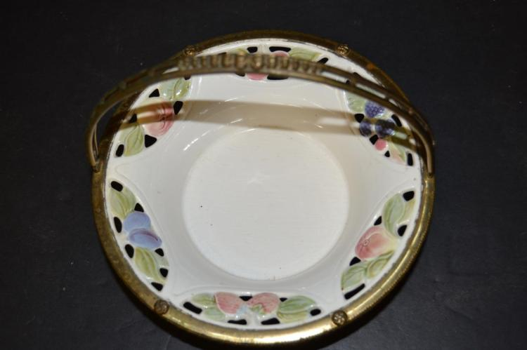 Geschutzt bowl for Gulf coast coin and jewelry
