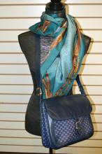 Gucci Shoulder Bag And Scarf