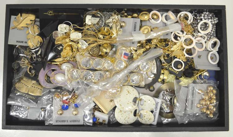 Large lot of costume jewelry for Gulf coast coin and jewelry