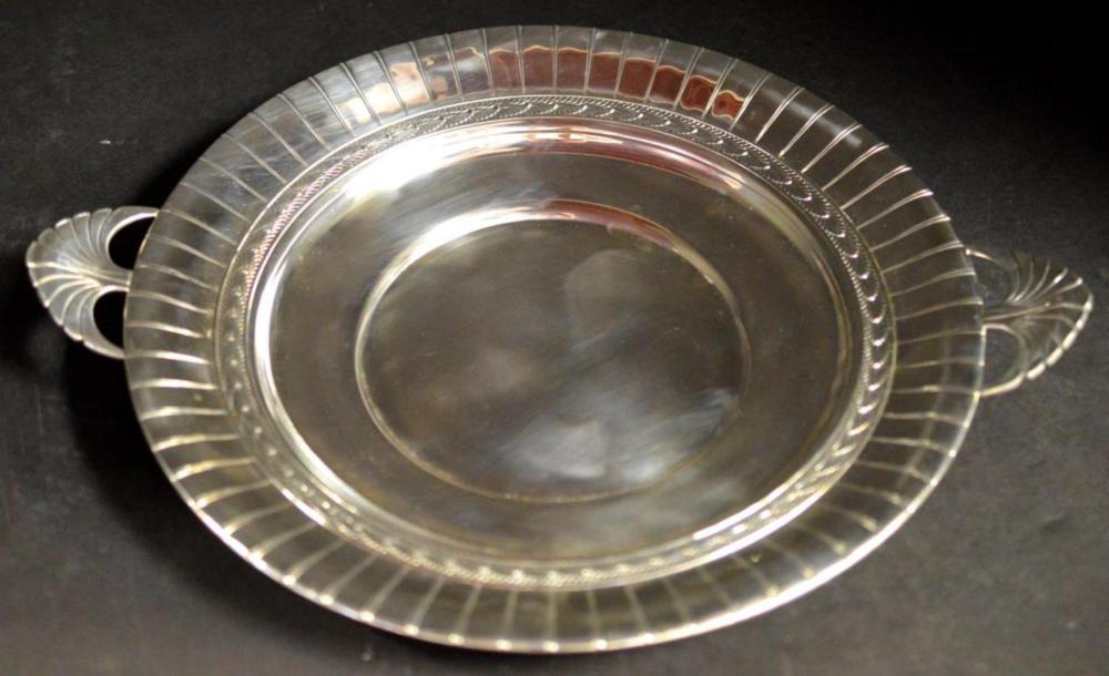 "Lot 68X: International Silver ""Tropical Sunrise"" Bowl Kintz"