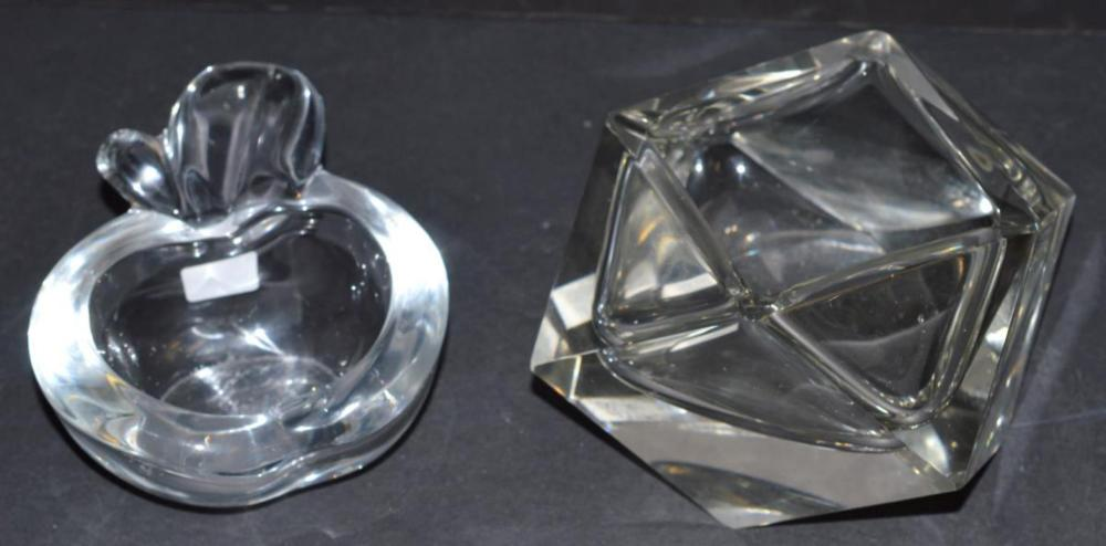 Lot 177: Pair of Clear Crystal Dishes Vannes Le Chantel