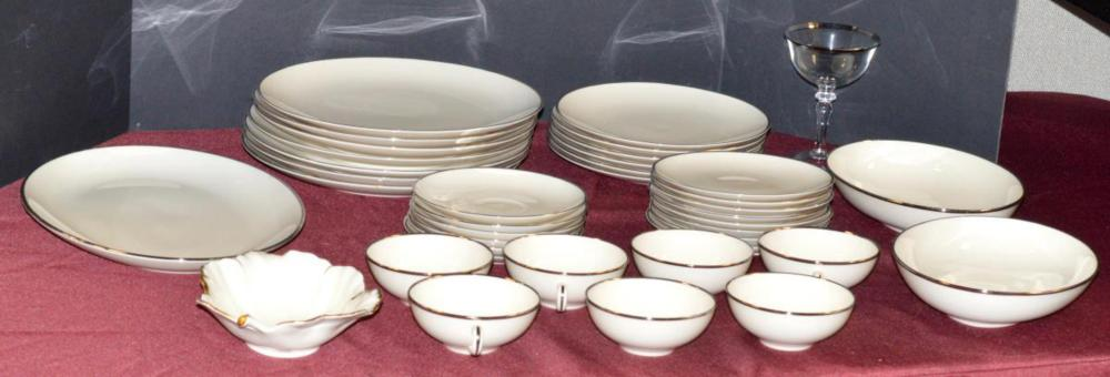Lot 189: 37 Pieces of Franciscan Fine China + Mikasa