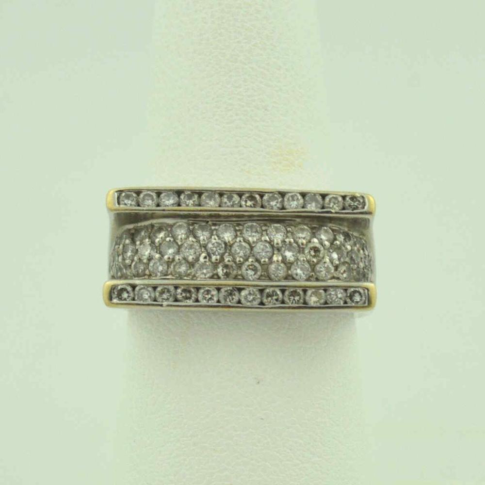 18kt white gold diamond fashion band