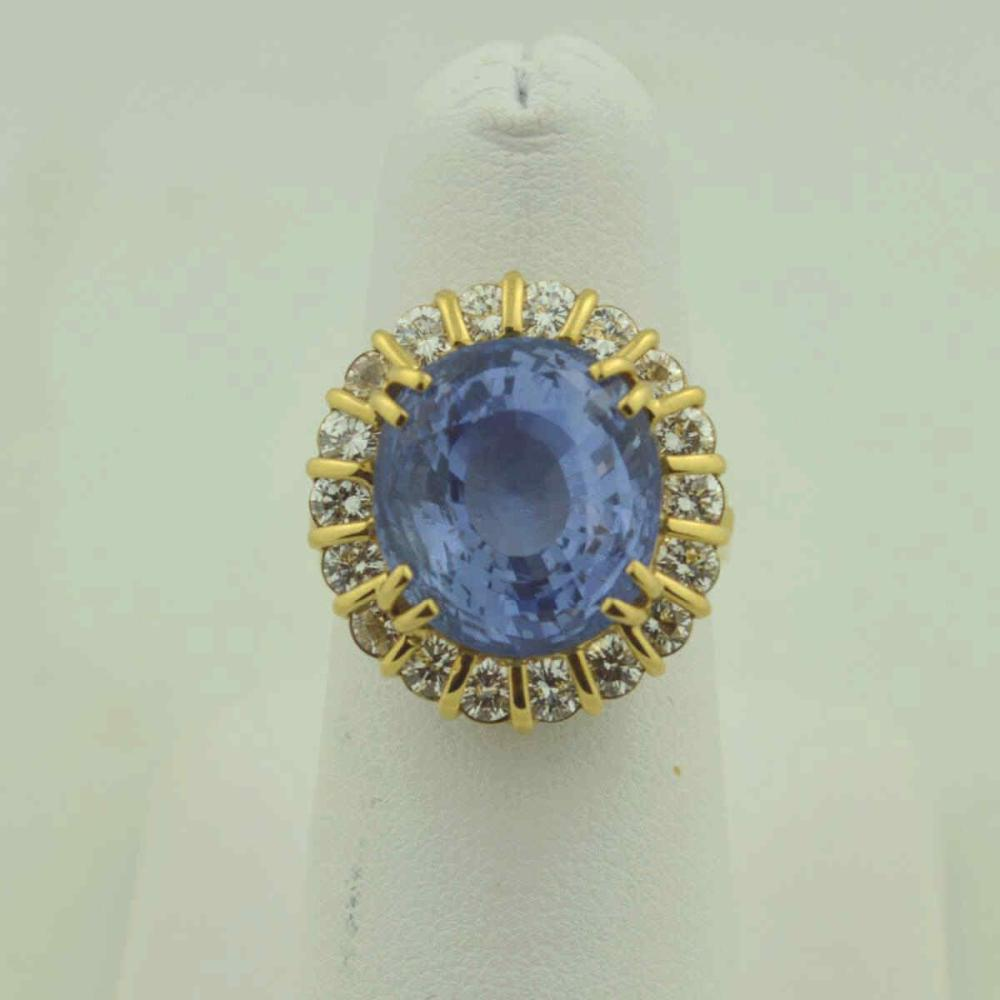 18kt yellow gold unheated sapphire ring